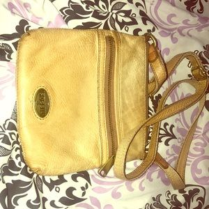 Women's Fossil leather crossbody bag...